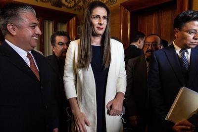 Ana Gabriela Guevara, monarca mundial en los 400 metros en la cita de París 2003, reiteró, como ha sido su lema desde que fue elegida para asumir el cargo, que la transformación que se desea será a través del deporte.