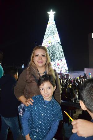 14122018 Familia Resendez Villalobos.