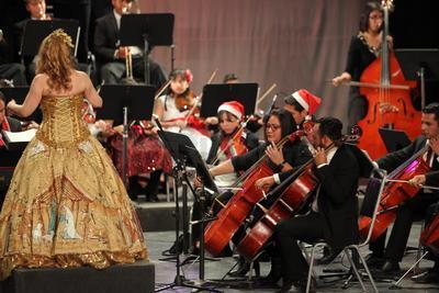 El concierto se desarrolló en el Teatro Ricardo Castro.