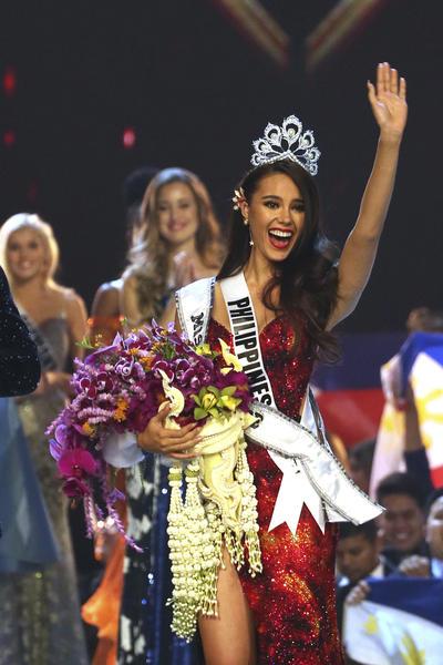 Catriona Gray le dio a Filipinas su cuarta corona en Miss Universo.