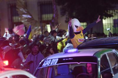 En todo tipo de vehículo se vivió la alegría del título Águila.