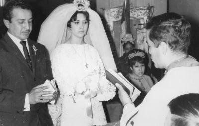 16122018 Pedro Ávila Licerio (f) y Martha Alicia Rivas López (f) contrajeron matrimonio el 28 de diciembre de 1968 en Sagrado Corazón de Jesús de Cd. Lerdo, Dgo. Celebrarían su 50 aniversario matrimonial.