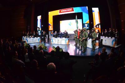 El evento dio inicio tras los Honores a la Bandera.