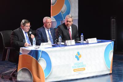 Fue en el mismo evento donde también estuvieron presentes miembros del gabinete que integrarán su administración 2019-2021.