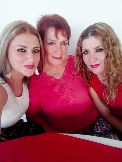 20122018 Aída, Bertha y Thelma.