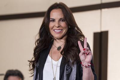 """Luego de ser relacionada con Joaquín """"El Chapo"""" Guzmán, a quien entrevistó en octubre del 2015, Kate del Castillo regresó a México."""