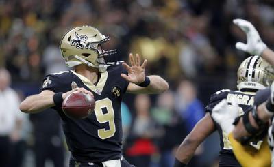 Drew Brees completó un pase de anotación a 1:25 minutos del final y los Saints de Nueva Orleáns aseguraron el primer puesto de la Conferencia Nacional para los playoffs, al superar el domingo 31-28 a los Steelers de Pittsburgh, quienes sufrieron un duro golpe en sus aspiraciones de playoffs.