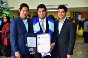 Emmanuel, Ariel y Jose Carlos