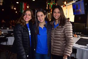 Ana Cris, Maria y Ana Cris
