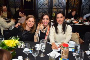 Gaby, Meme y Marcela