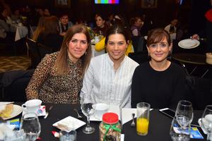 Jackie, Lorena y Monica