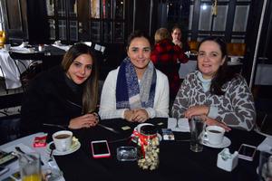 Karla, Marcela y Monica