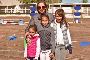Emilia, Renata, Rita y Maria Jose