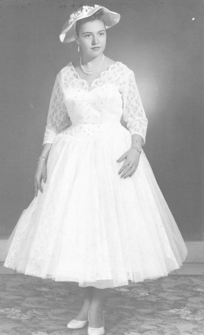 23122018 Patricia Amparo Reyes Casas en la década de los 80'.