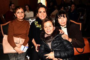 23122018 Rebeca, Sara, Lupita y Lucía.