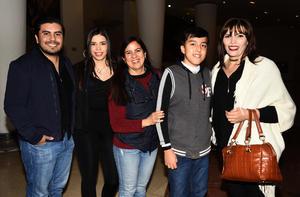 26122018 PASTORELA.  Martín, Laura, Pavis, Carlos y Tere.