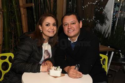 Fátima Aguilar y Heriberto López.