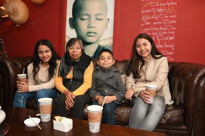 Michelle Escobar Rojas, Luisa Martínez Santos, Ulises Rivera Rojas y  Alessandra Rivera Rojas.