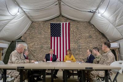 Trump sorprende a militares estadounidenses en Irak
