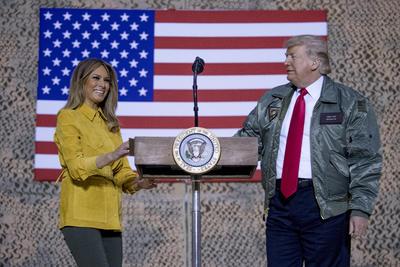 El mandatario estuvo acompañado de la primera dama, Melania Trump.