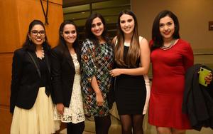 29122018 EN UNA FIESTA.  Karina Iglesias, Mariana Mijares, Marcela Mijares, Dennys Gandarilla, Arebni Valenzuela.