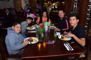 30122018 Familia Estrada Rodríguez.