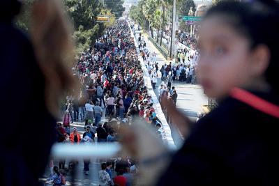 Se calcula que 10 mil personas acudieron a ser testigos de esta marca mundial y a la Ruta Recreativa de este domingo.