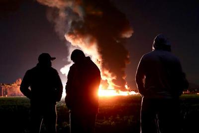 Más de 70 personas muertas fue el saldo de una explosión en Hidalgo, reportada en una toma clandestina que no pudo ser controlada por los huachicoleros.