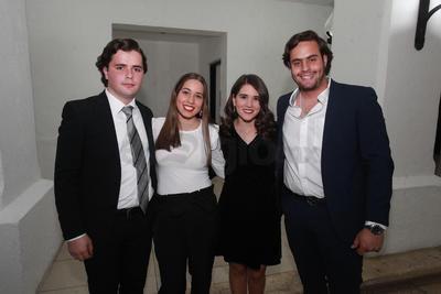 Isabela Gutiérrez festeja sus XV