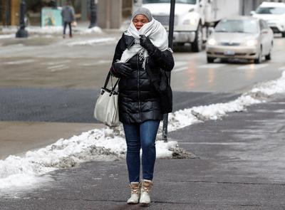 Se han reportado ya algunas muertes por el frío intenso.