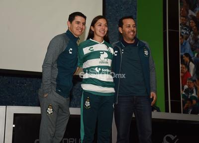 Isela Ojeda se incorpora a Santos Femenil de cara al Clausura 2019.