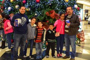 04012019 DE PASEO.  Adolfo, David, Emilio, Erick, Ale y Arturo
