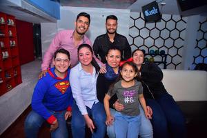 04012019 Hugo, José Luis, Alejandro, Karla, Laura, Betty y Victoria.