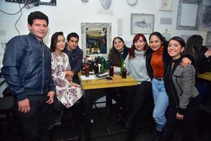 05012019 EN AMENA VELADA.  Jesús, Fernanda, Luis, Ana Laura, Cristy, Jackie y Alexia.