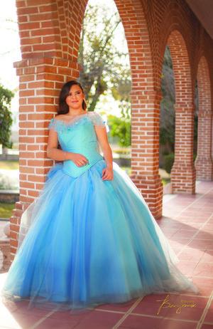 06012019 Ángeles Adriana López Ramírez disfrutó de su fiesta de XV años ofrecida por sus padres en el hermoso Complejo La Española.- Maggie Huitrón