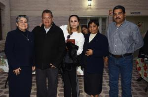 07012019 Francisco Covarrubias, Antulio Villarreal, Sofía Tinoco, Sor Mary Gamboa y Sor Isabel.