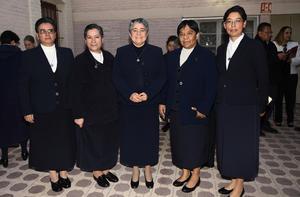 07012019 Hna. Elvia Islas Cruz, Hna. Marisol del Socorro Soto, Hna. María Esther Gamboa, Hna. María Isabel García y Hna. Beatriz Álvarez Gaytán.