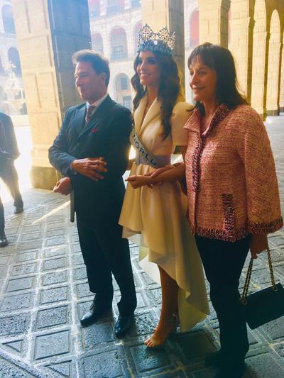 """López Obrador, por su parte, manifestó el """"orgullo"""" que supone para México que Vanessa Ponce haya ganado Miss Mundo."""