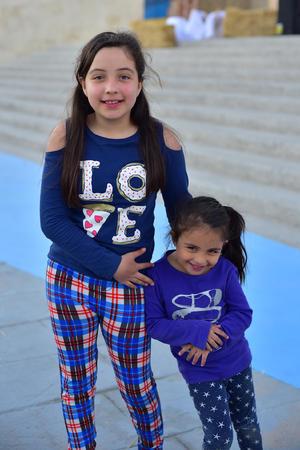 08012019 Josefina y Karen.