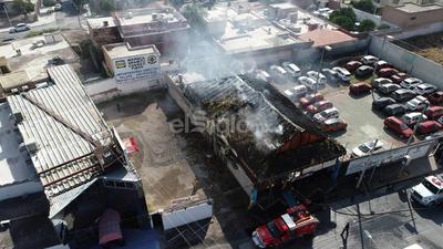 Al lugar acudieron elementos de corporaciones de rescate y seguridad.
