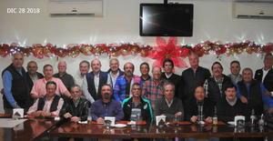 09012019 CELEBRAN 45 ANIVERSARIO.  Ex alumnos de la Generación 70-73' de la Preparatoria Carlos Pereyra.