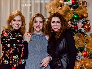 Olga, Leticia y Oralia Perez