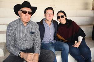 Silverio, Manolo y Vanessa