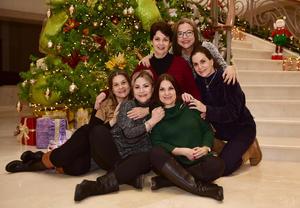 Malena,Chela,Gaby,Blanca,Lourdes y Patricia.