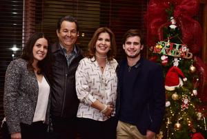 Maria Sofia,Jose,Martha y Ricardo.