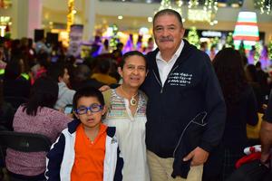 14012019 EN FAMILIA.  Marcelo, Dora y Jorge.