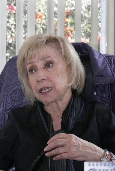 La actriz Maty Huitrón, quien fuera presidenta vitalicia de la Casa del Actor, falleció este lunes a la edad de 82 años, confirmó Yolanda Morales, titular de Prensa y Relaciones Públicas de la producción de Carla Estrada.