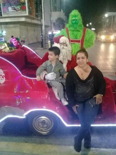 17012019 Ale con su hijo, Paquito