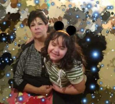 17012019 Caro con su nieta, Allison.
