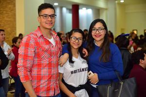 17012019 EN RECIENTE EVENTO.  Luis, Cynthia y Melissa.